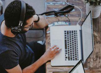 Tips-to-Choose-the-Perfect-Web-Designer-on-digitaldistributionhub